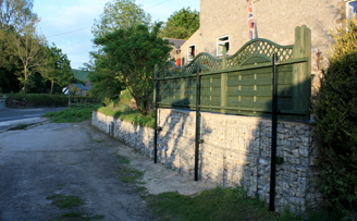 Ellen' retaining wall and driveway